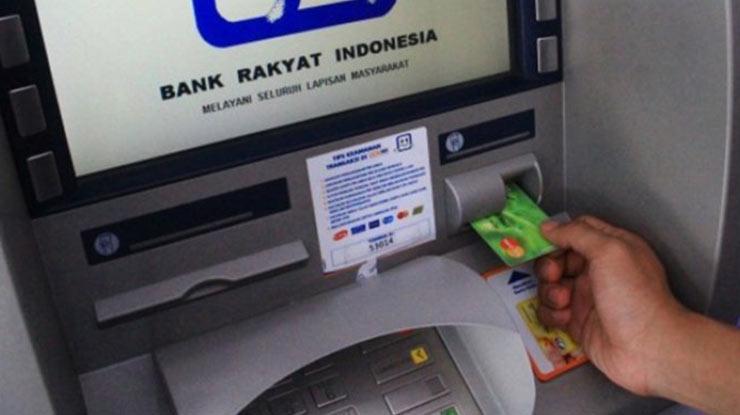Transaksi di Jaringan Mesin ATM BRI