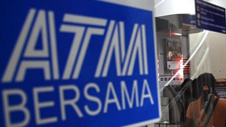 Transaksi di Jaringan Mesin ATM Bersama