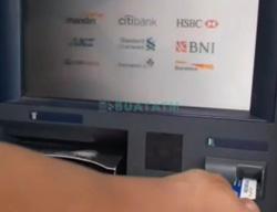 Masukkan Kartu ATM Mandiri