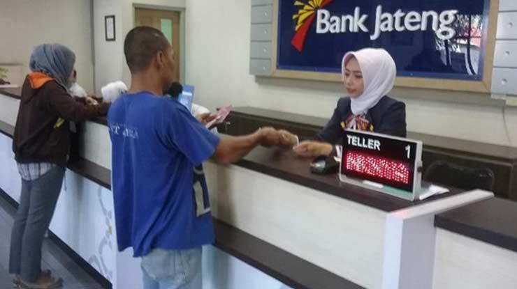 Teller Bank Bank Jateng